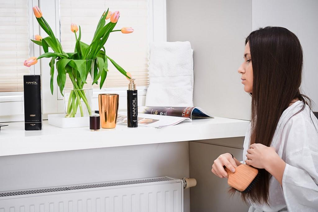 Jak dbać o włosy z lejkiem Nanoil